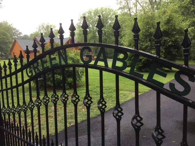 Green Gables Log Home