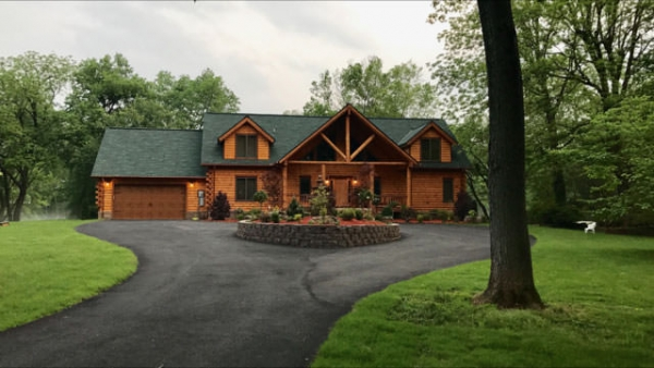 Log Home King Post Truss