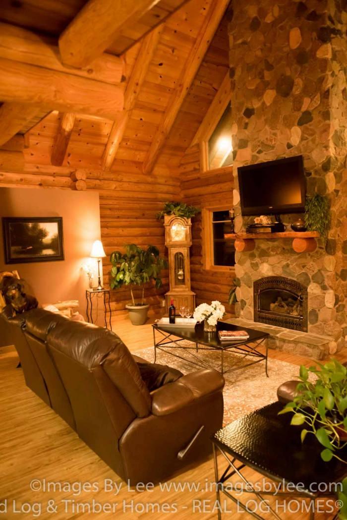 Lakeland Log Homes Model, MN (L10041)