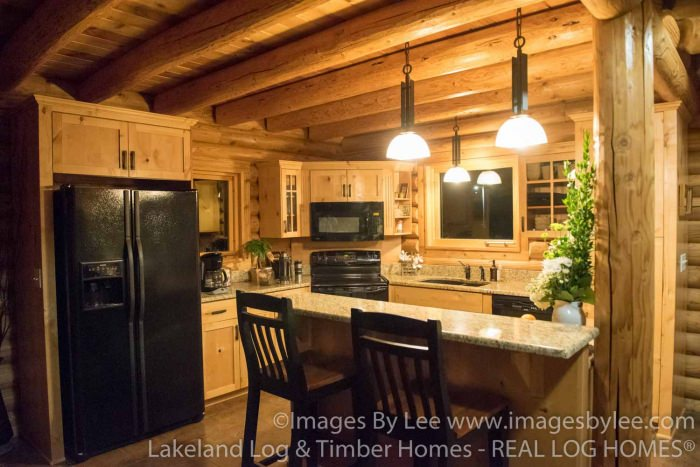 Lakeland Log Homes Model, MN (L10041)