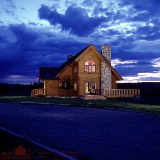 Saltbox Style Real Log Homes